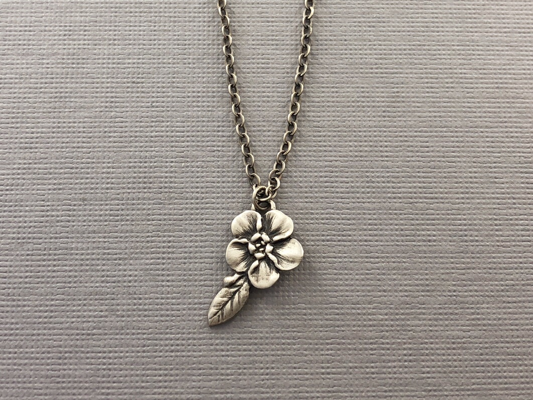 Forget Me Not Necklace Silver.jpeg