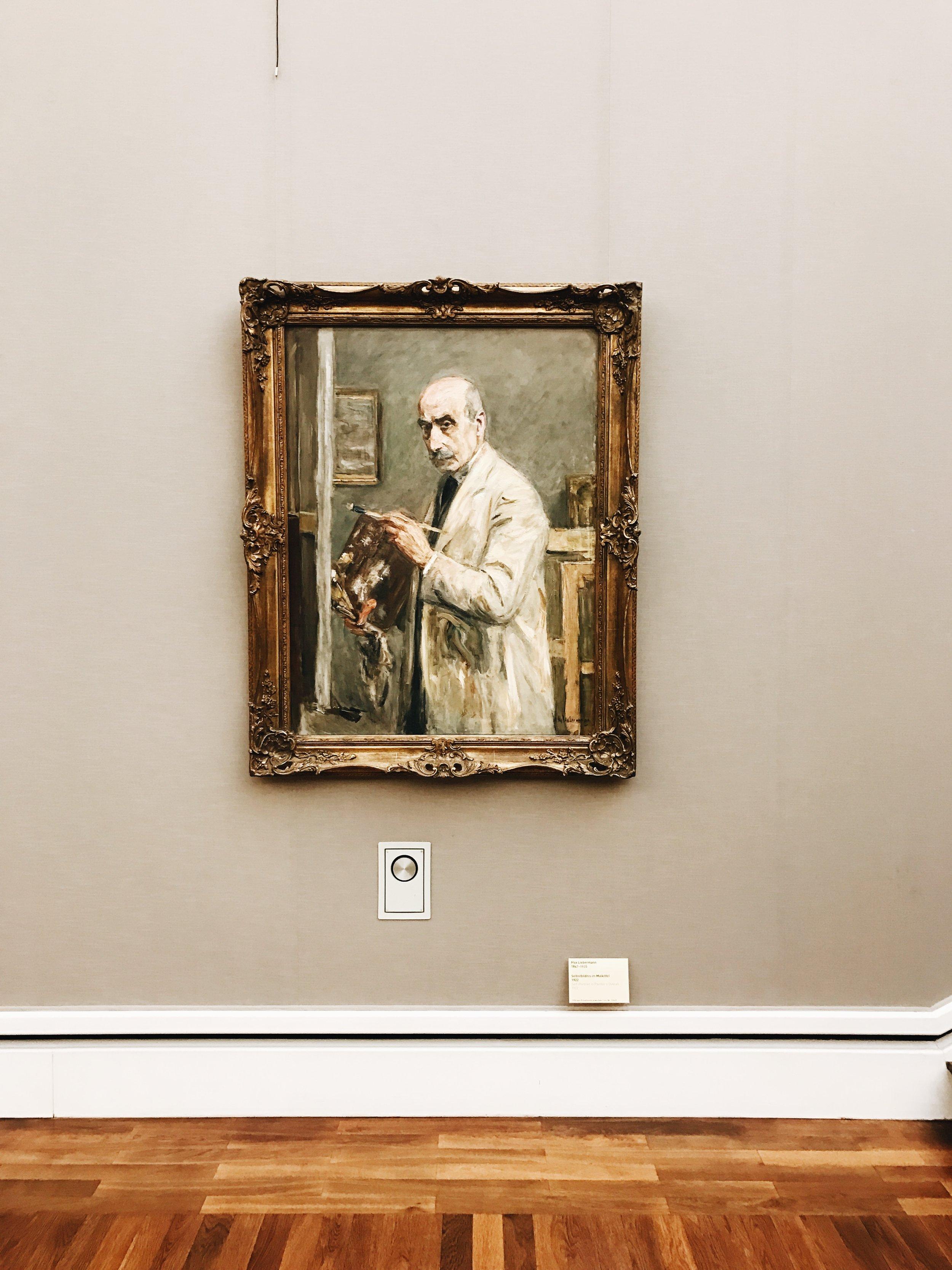 Bilderbuch neue Pinakothek mit Canon