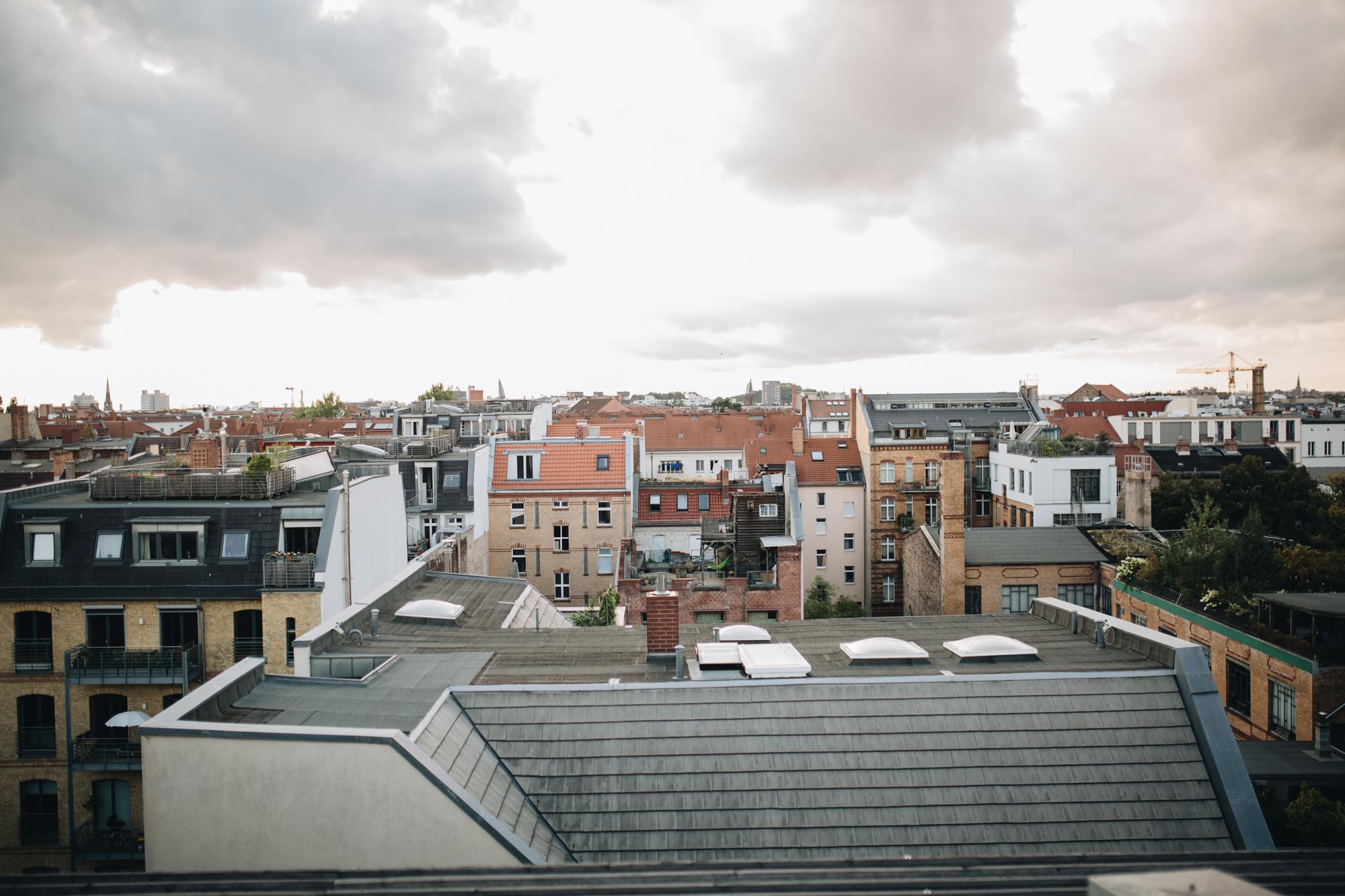 Hoch oben im Grünen - Rooftop-Besuch bei Ester Bruzkus