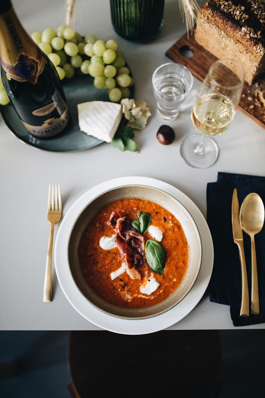 Pommery Vorspeise Tomatensuppe Herz&Blut