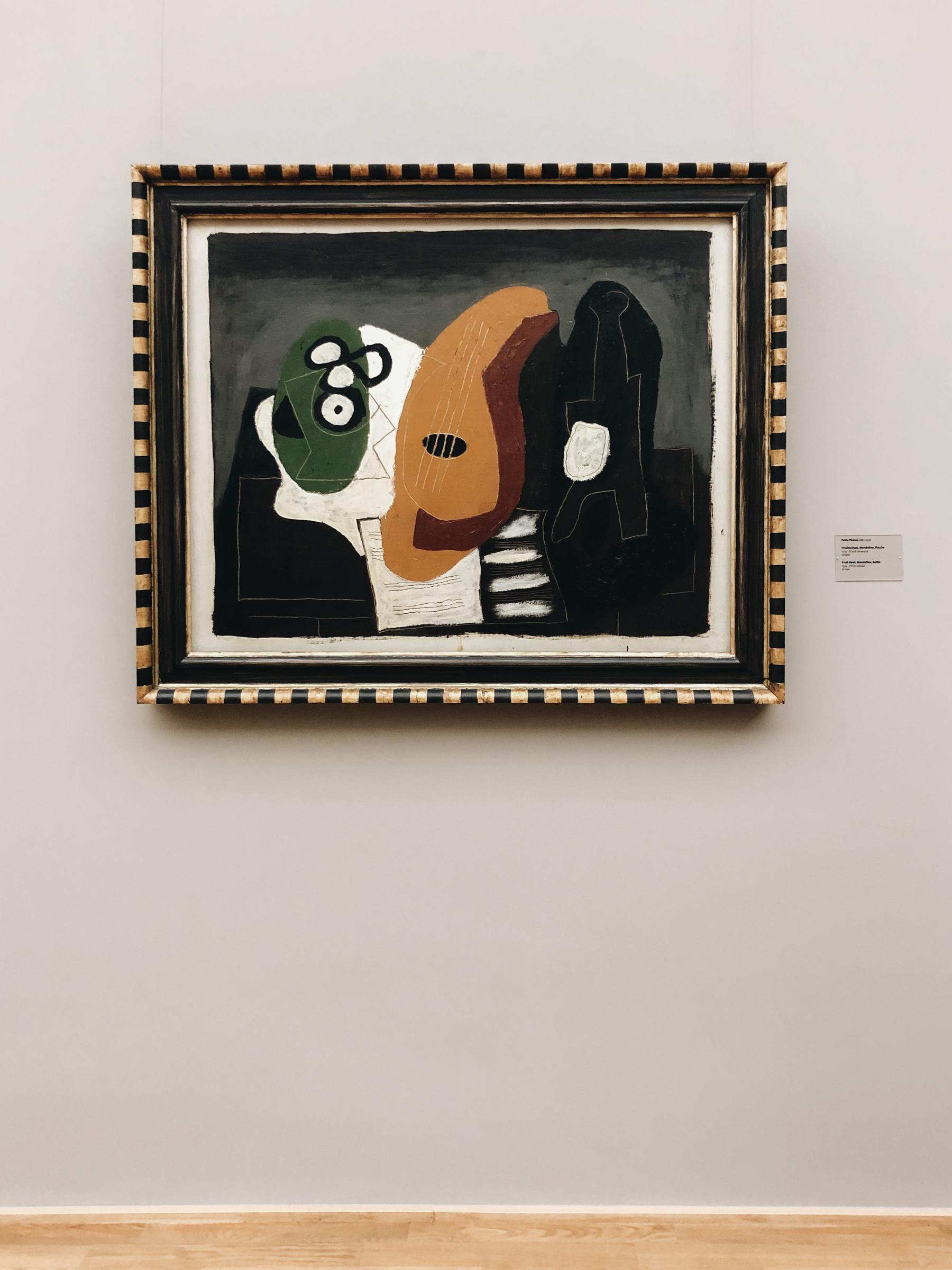Pablo Picasso - Fruschtschale, Mandoline, Flasche