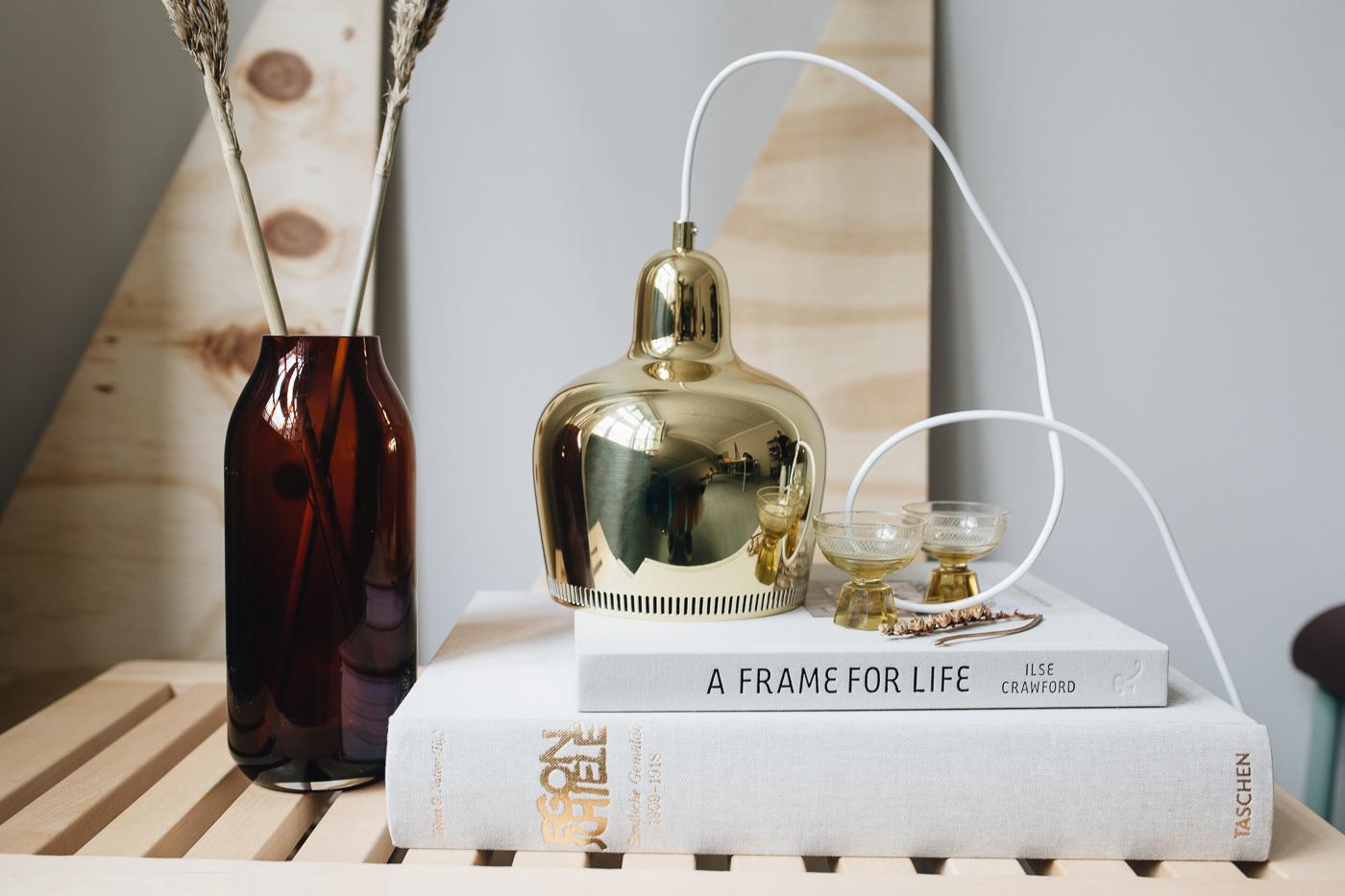 Mehr Licht:  Artek Pendelleuchte Golden Bell