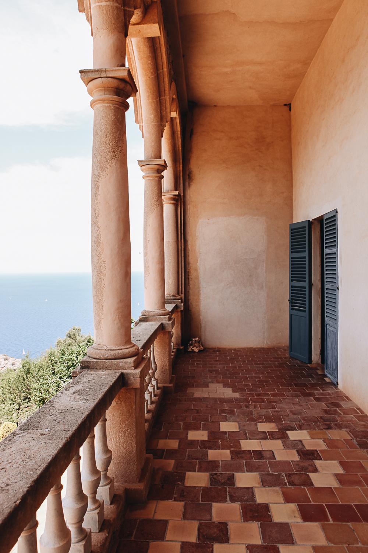 Bon dia! Sommergrüße aus Mallorcas goldener Bucht
