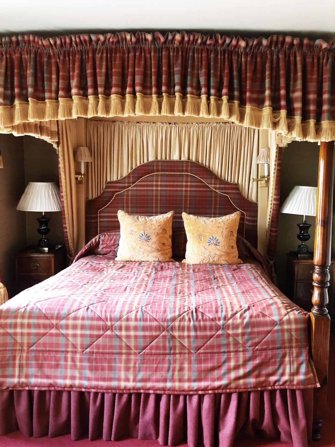 Glenmorangie Guesthouse Clos 19 Interior Bedroom Herz&Blut