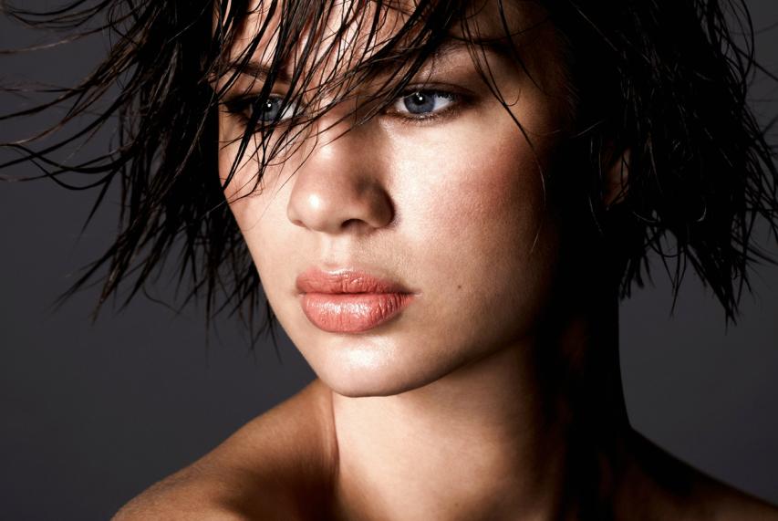 Photo - Emmily banks makeup / Photographer GARY GEE / Model Sarah DAVidson