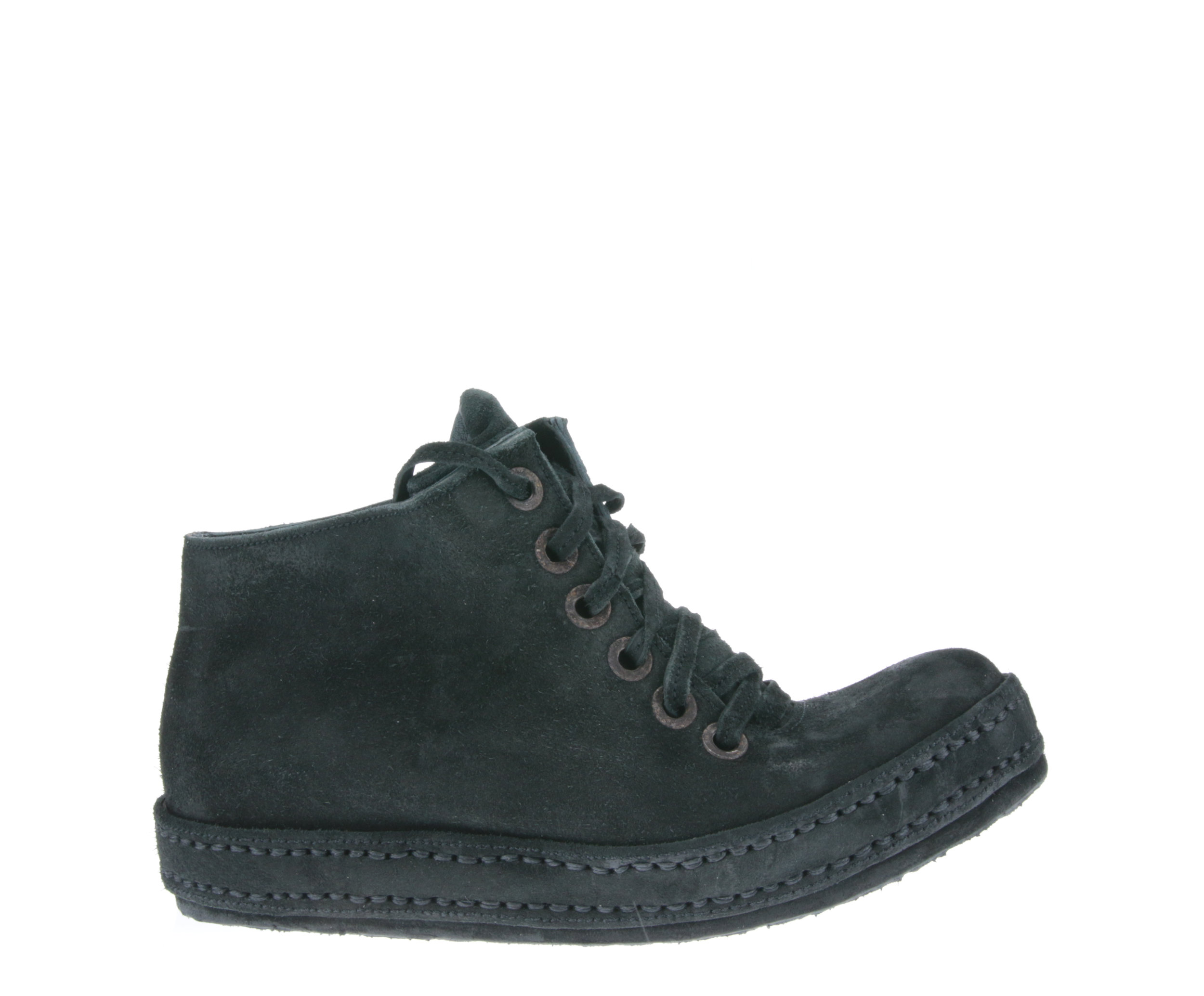 6Hole Washed Black Suede