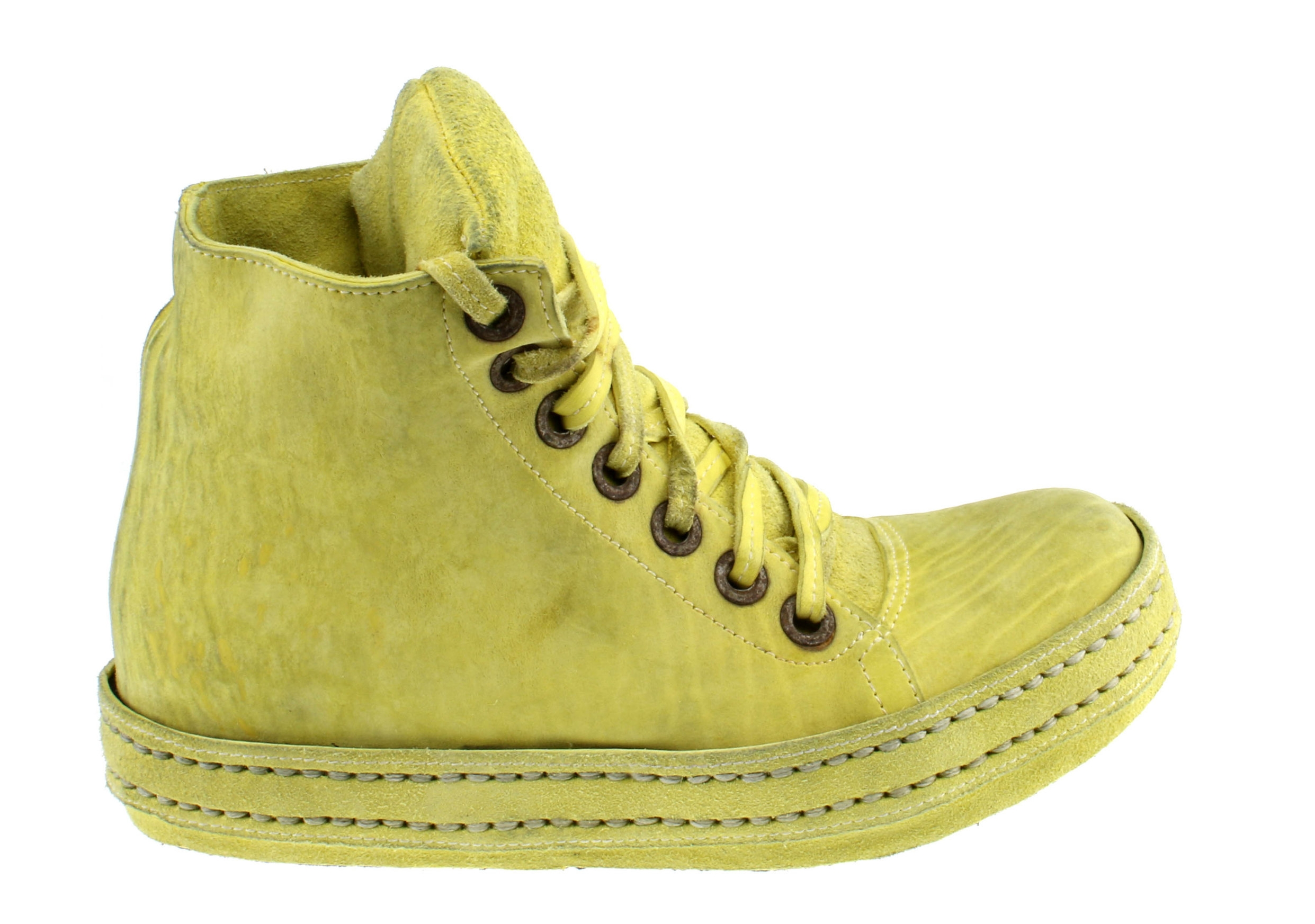 7Hole Washed Yellow Suede Culatta