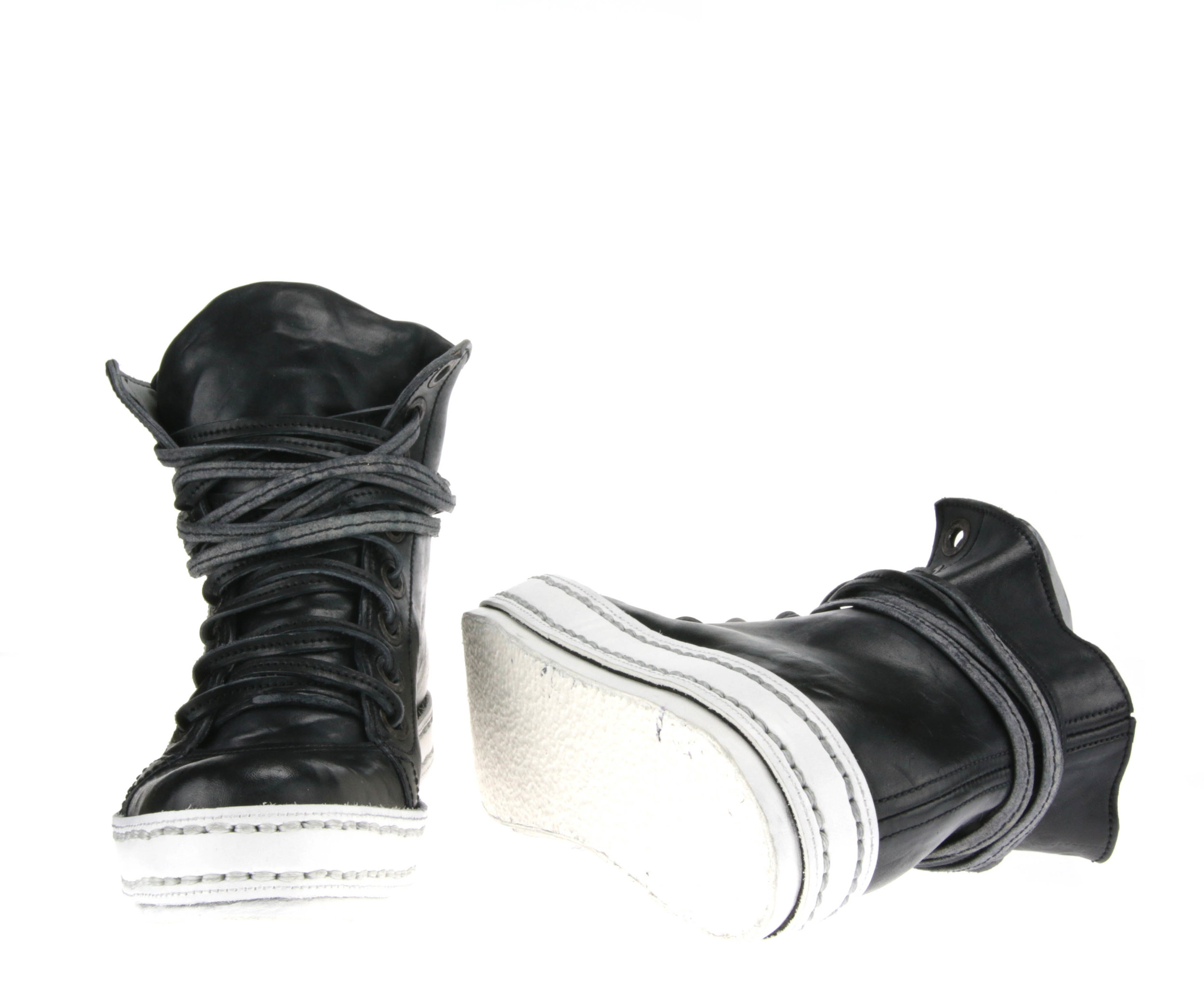 8Hole Black and White front sole.jpg