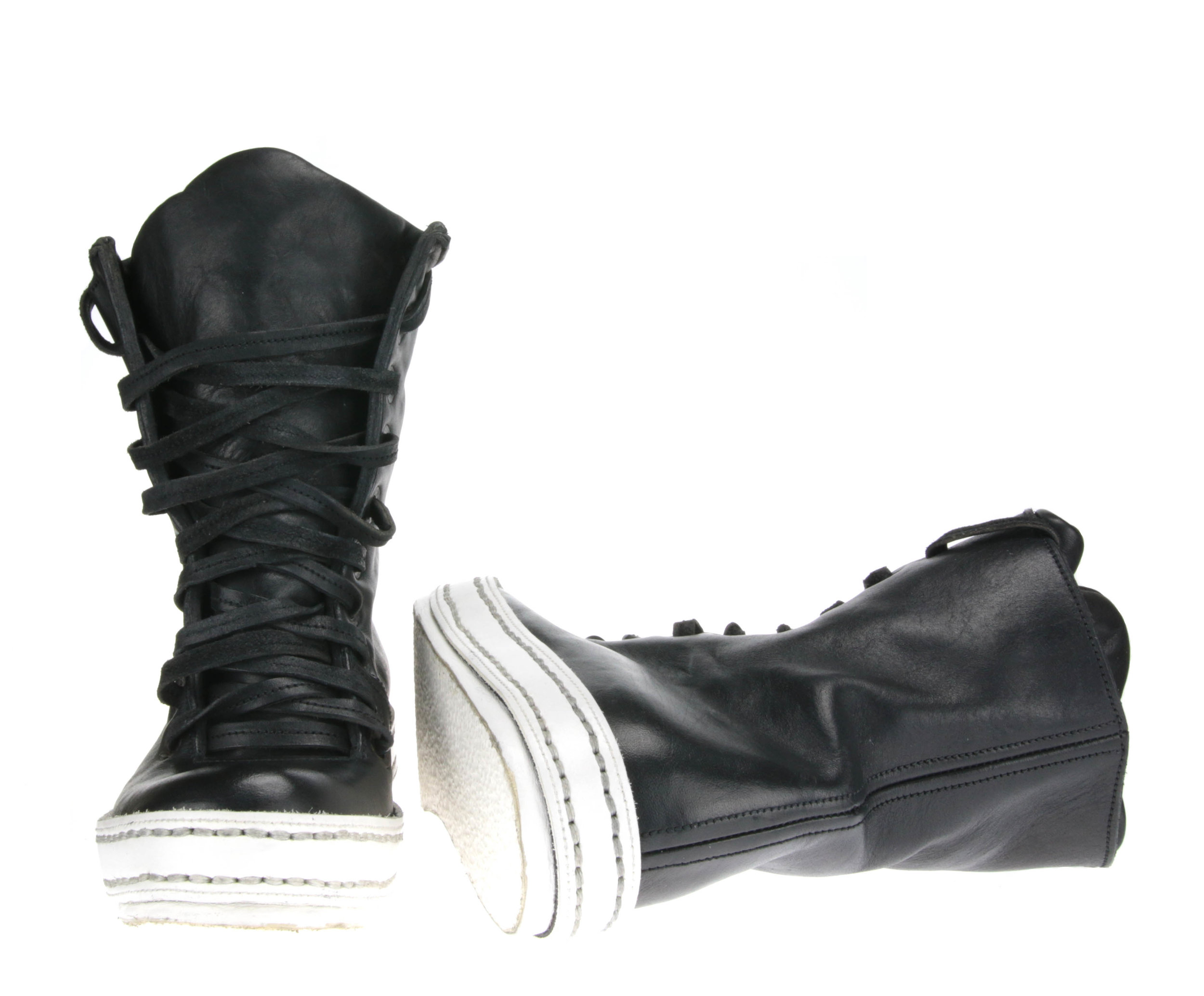 10Holes Black and White front sole.jpg