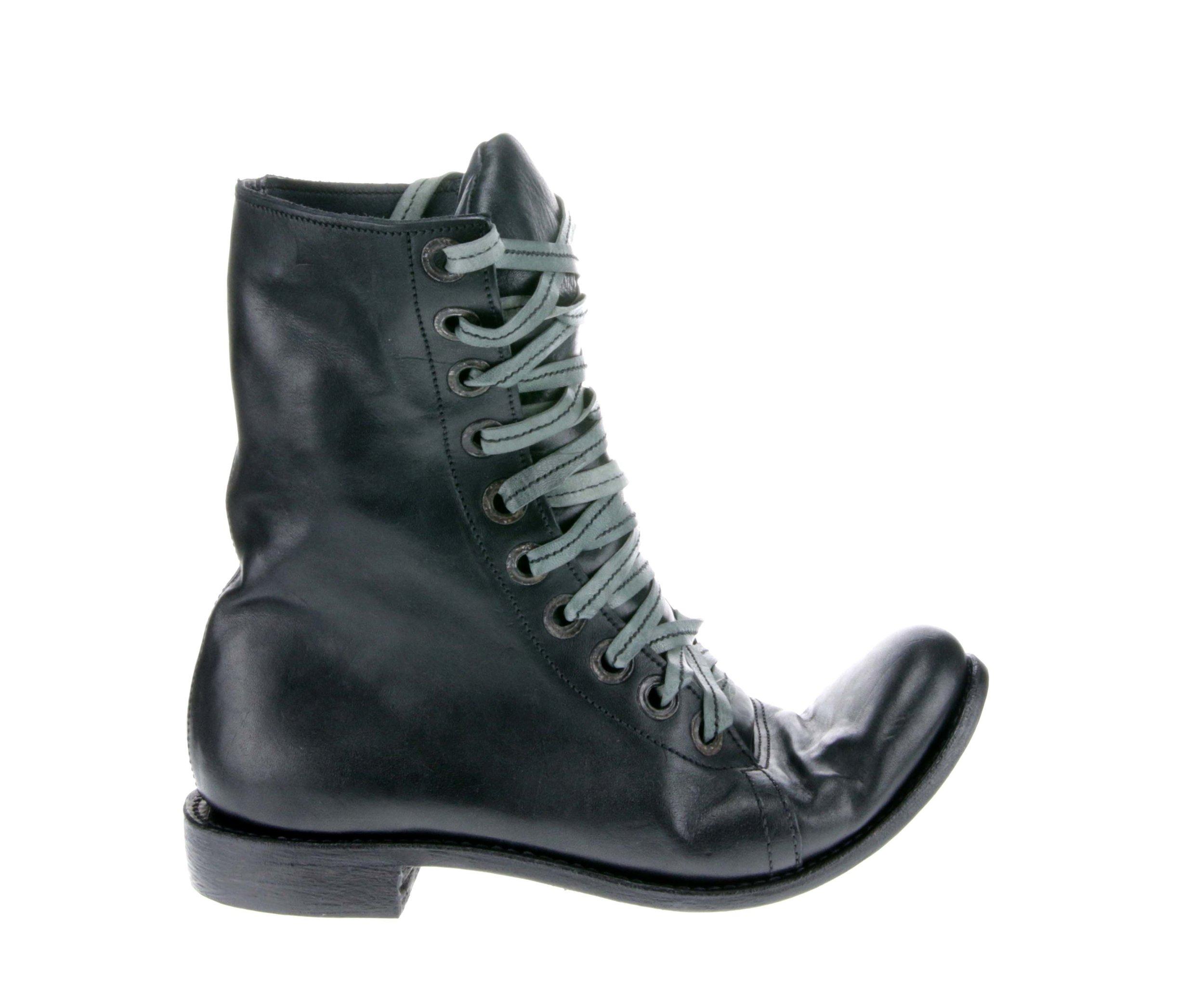 10Hole Work Boot Black Outside.jpg
