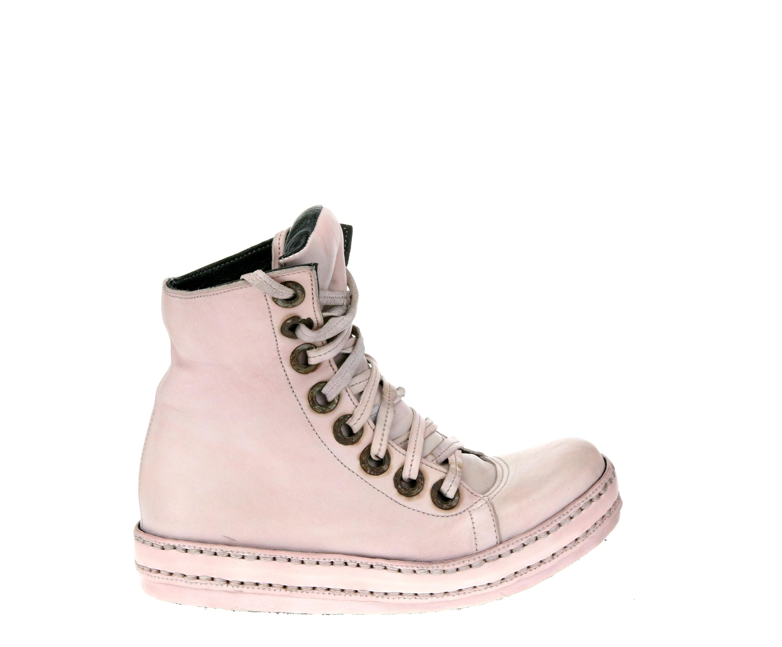 8Hole Light Pink