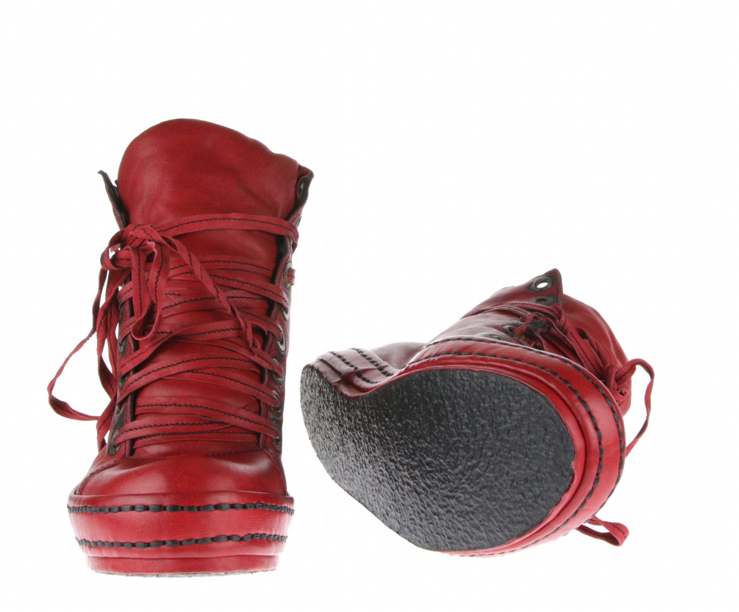 9Hole LBs Red Roo Front Insole.jpg