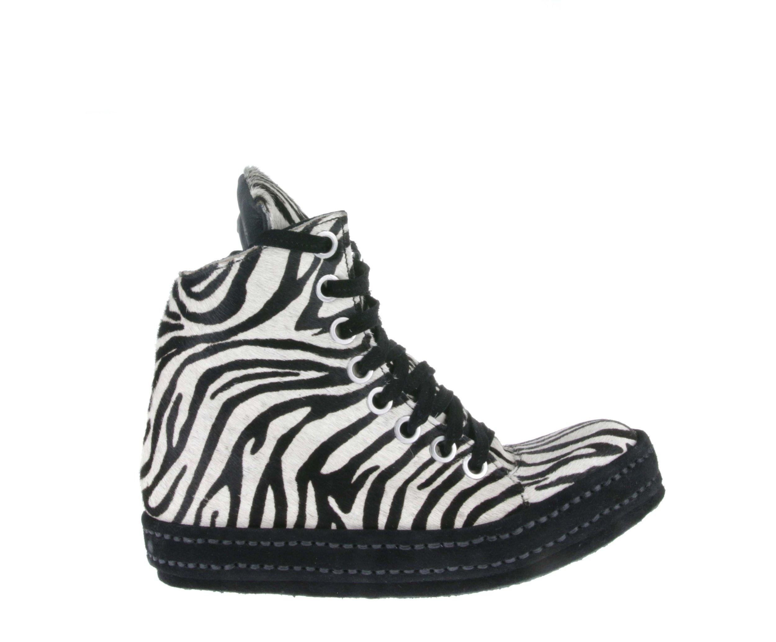 8Hole Zebra