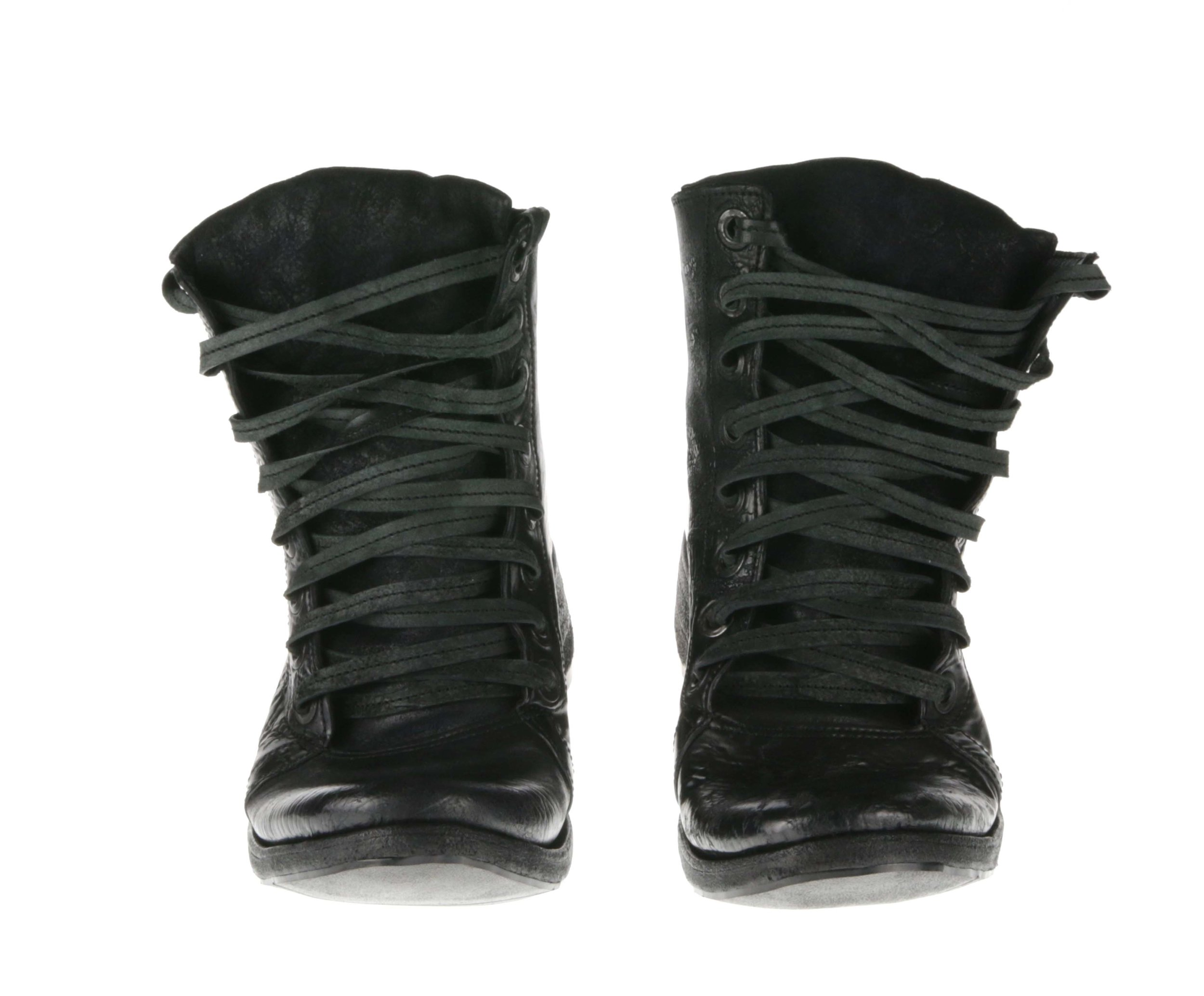 8Hole Boots Black Culatta Double Front.jpg