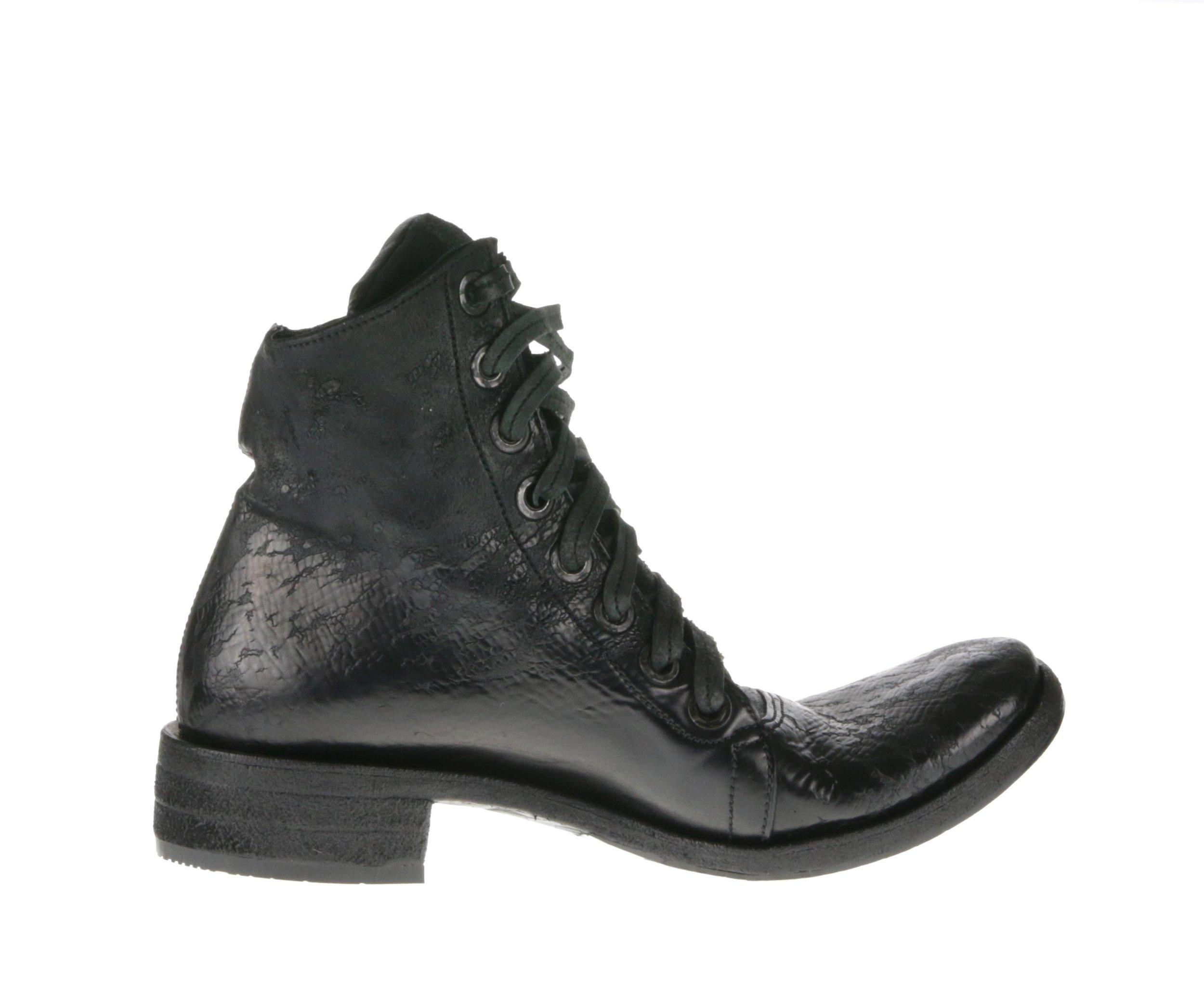 8Hole Boots Black Culatta Inside.jpg