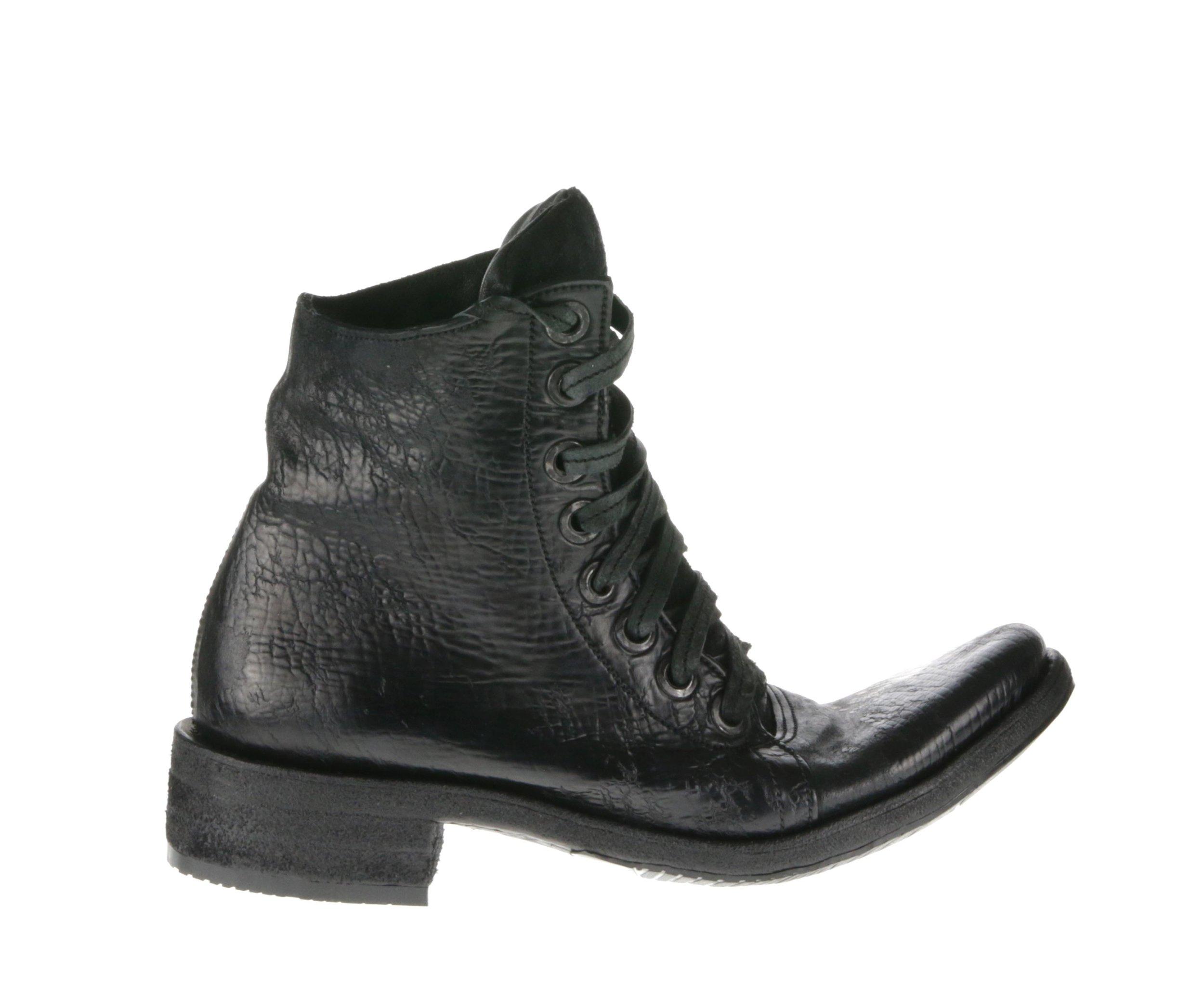 8Hole Boots Black Culatta Outside.jpg