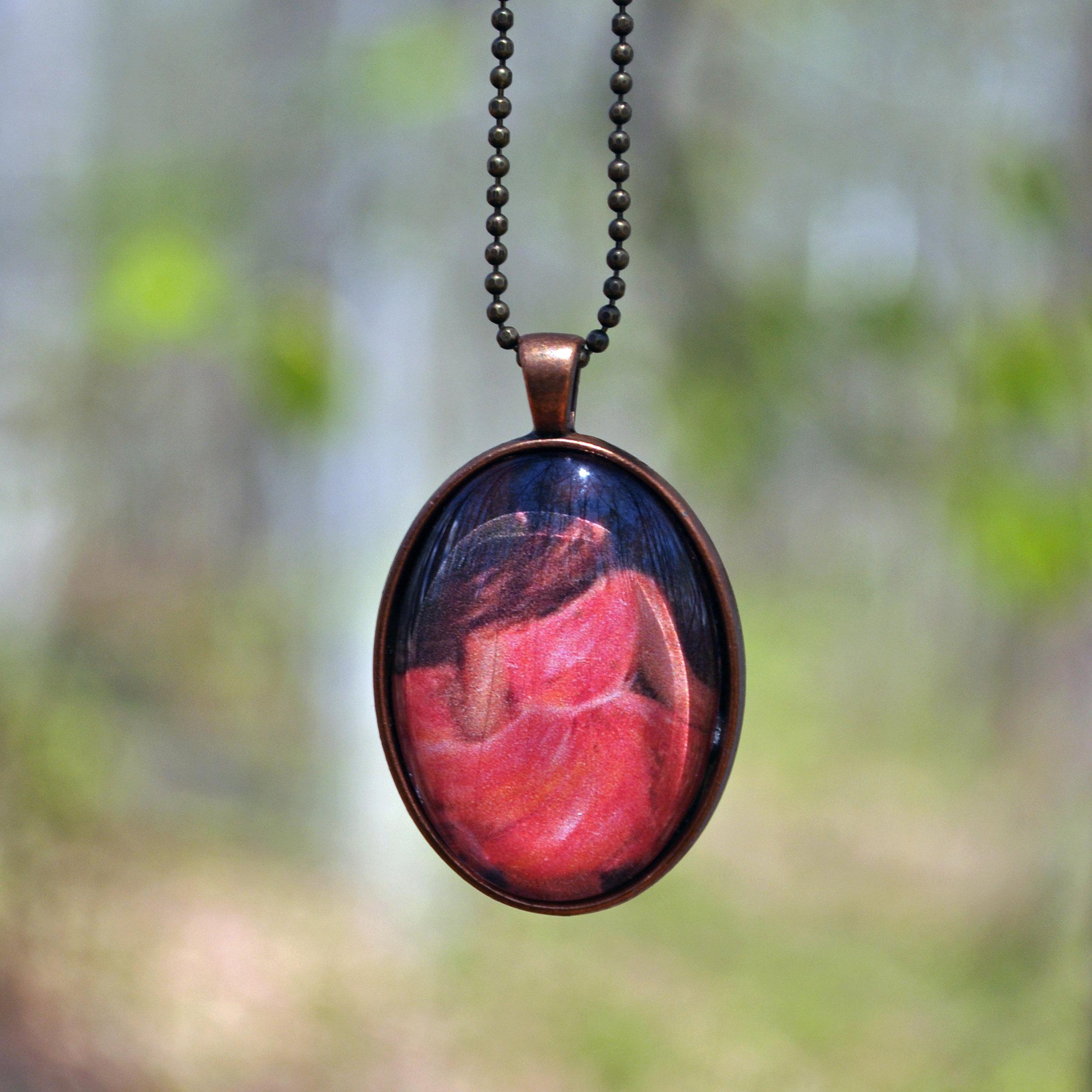 Twirling by Monica Hokeilen, pendant