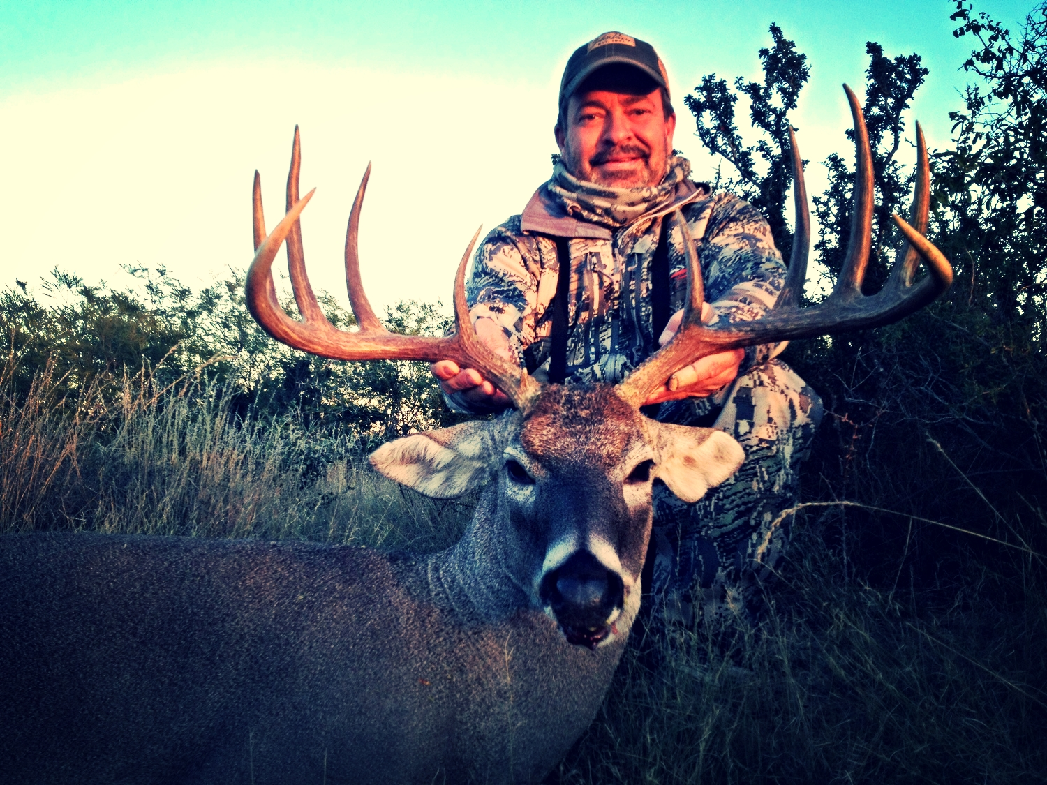 South Texas Free Range Trophy Whitetail Hunt