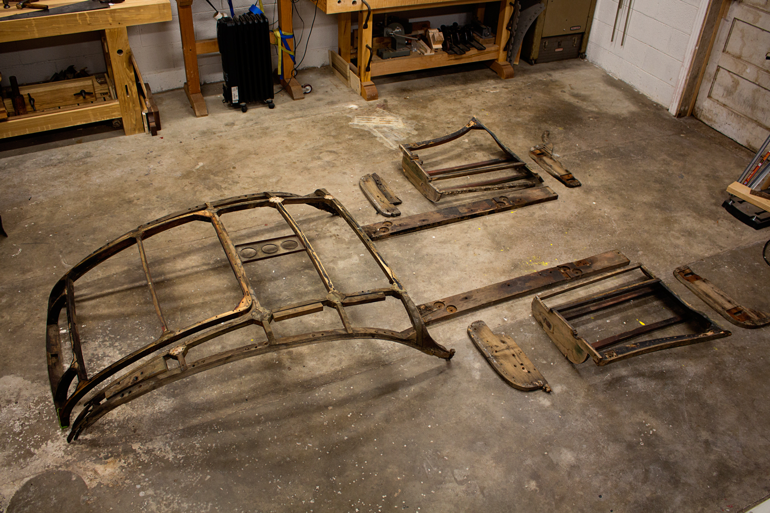 This is what I was tasked with repairing. Both door frames, A-Pillar and B-Pillar parts, Door Sills, and the entire rear body and boot support structures. The goal was to restore what could be saved and replace what couldn't.