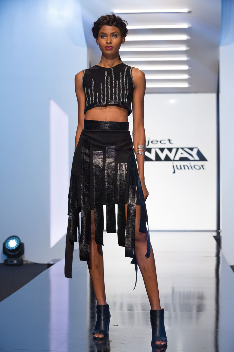 Tierra Benton wearing #DesignerVictoria Project Runway Junior S1 E1 Welcome to New York