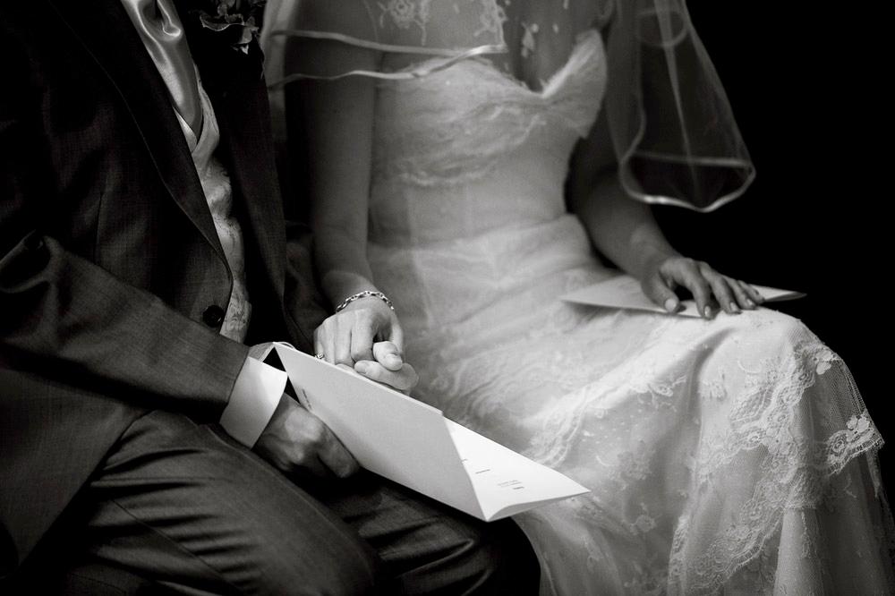 Wedding_Photographers_in_Norfolk0029.jpg
