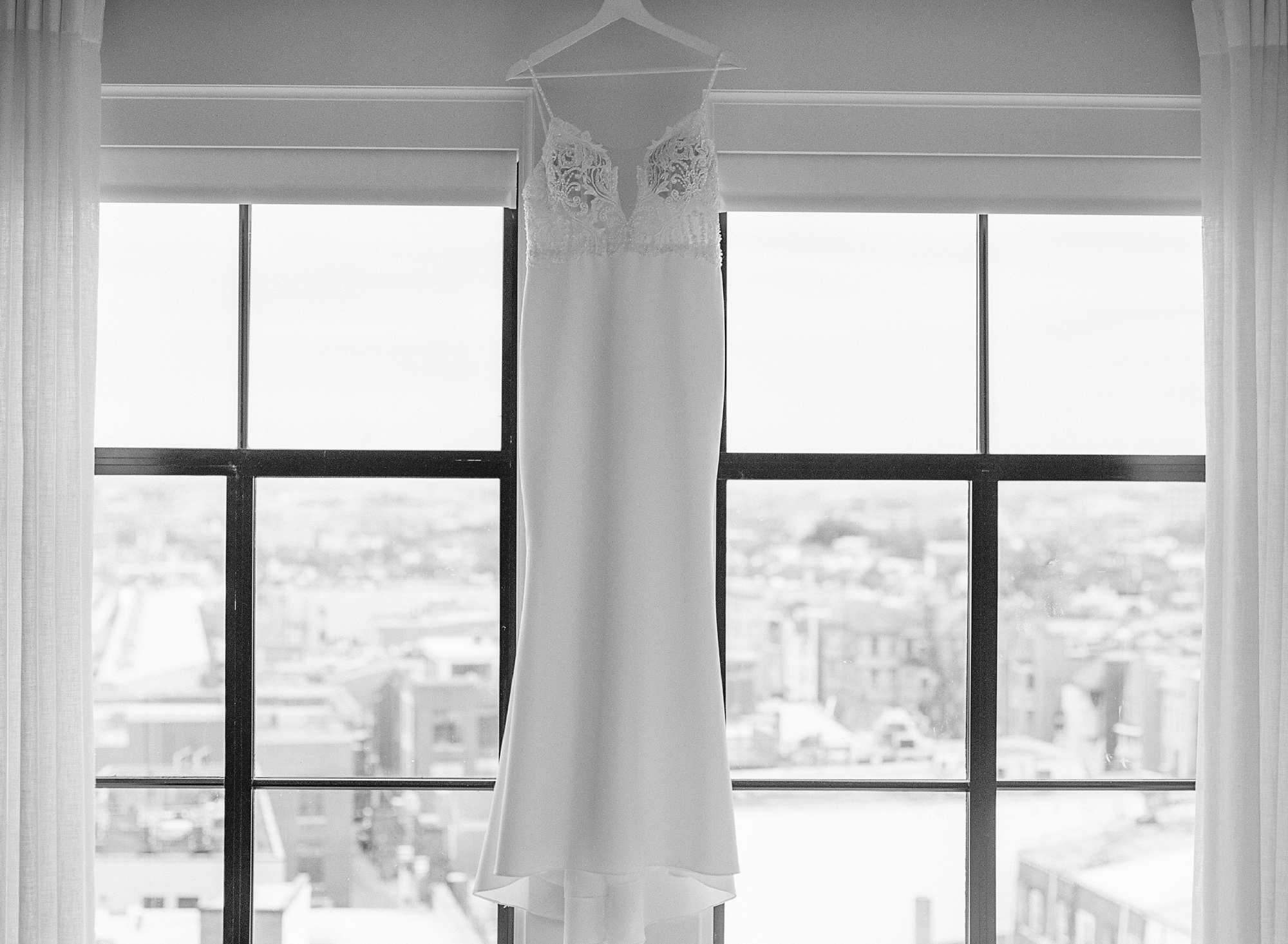 WeddingDressLineHotelWeddingDC2019PlumePhotography