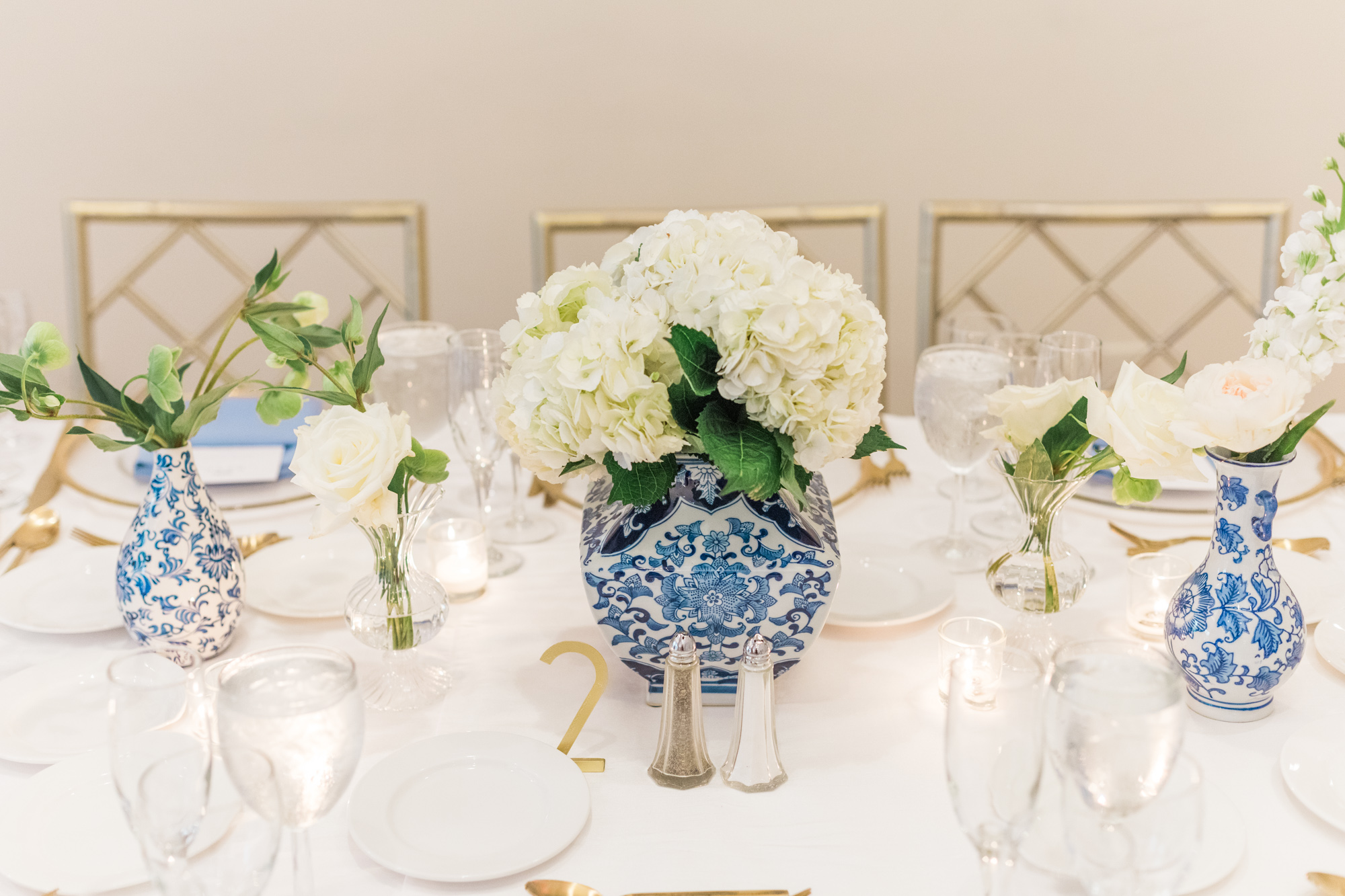 Blue and White Ginger Jar Table Setting Washington DC Chinoiserie Wedding Plume Photography