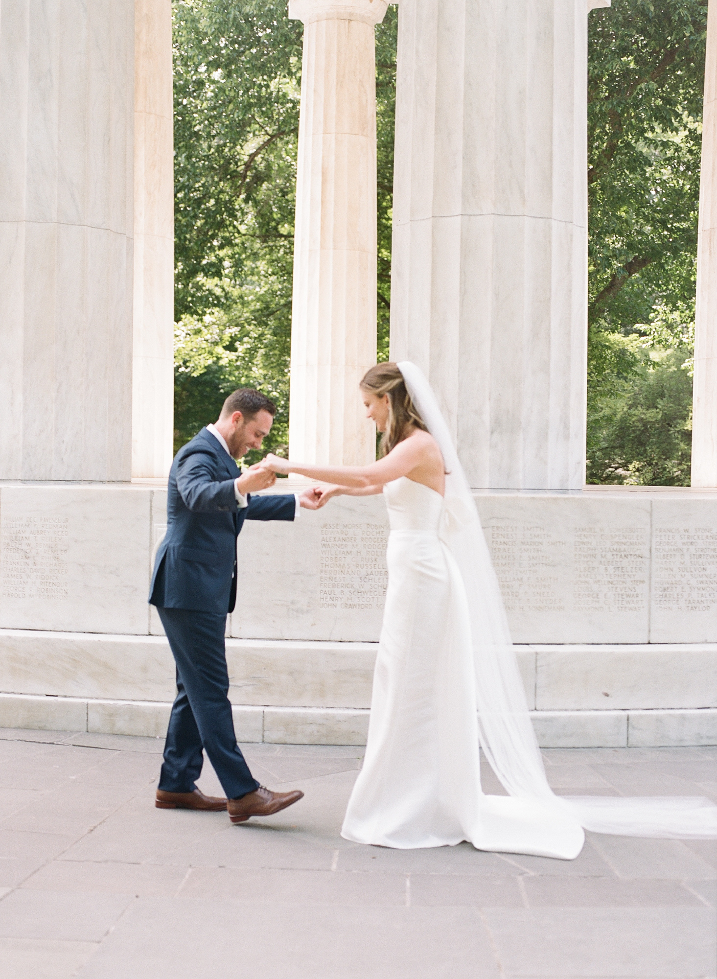 First Look DC War Memorial Washington DC Chinoiserie Wedding Plume Photography