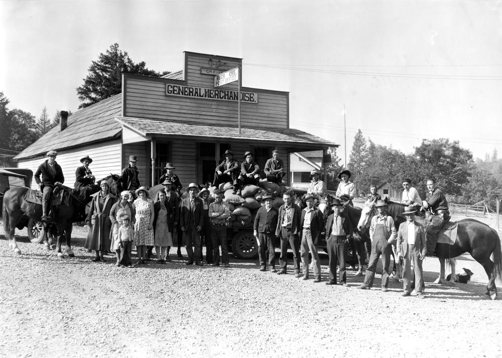 Grangers_Gathered_to_Reseeed_Land,_Applegate_District,_Jackson_County,_circa_1930_(5711362714).jpg