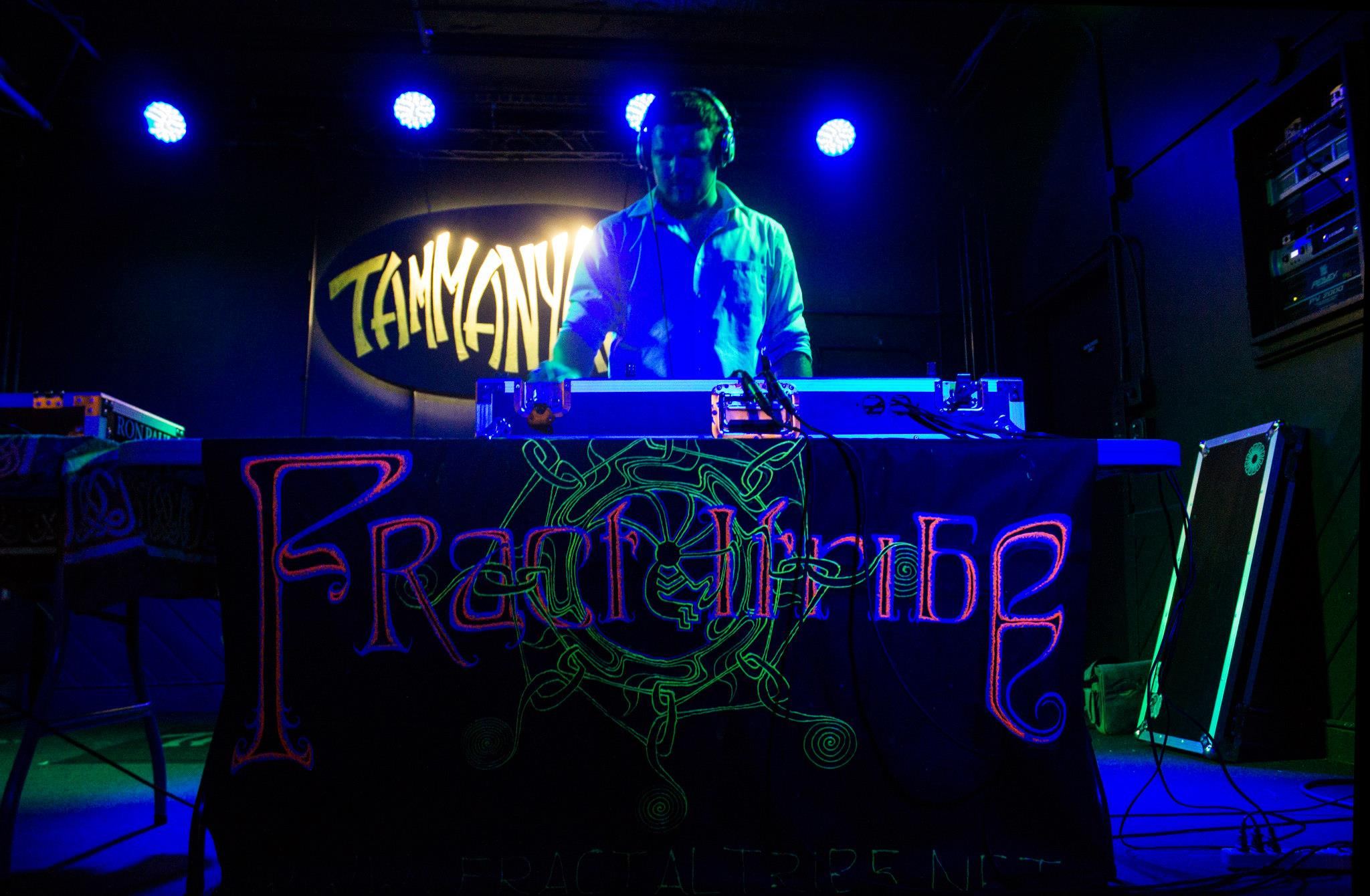 Rob Fractaltribe Tammany hall 2013.jpg