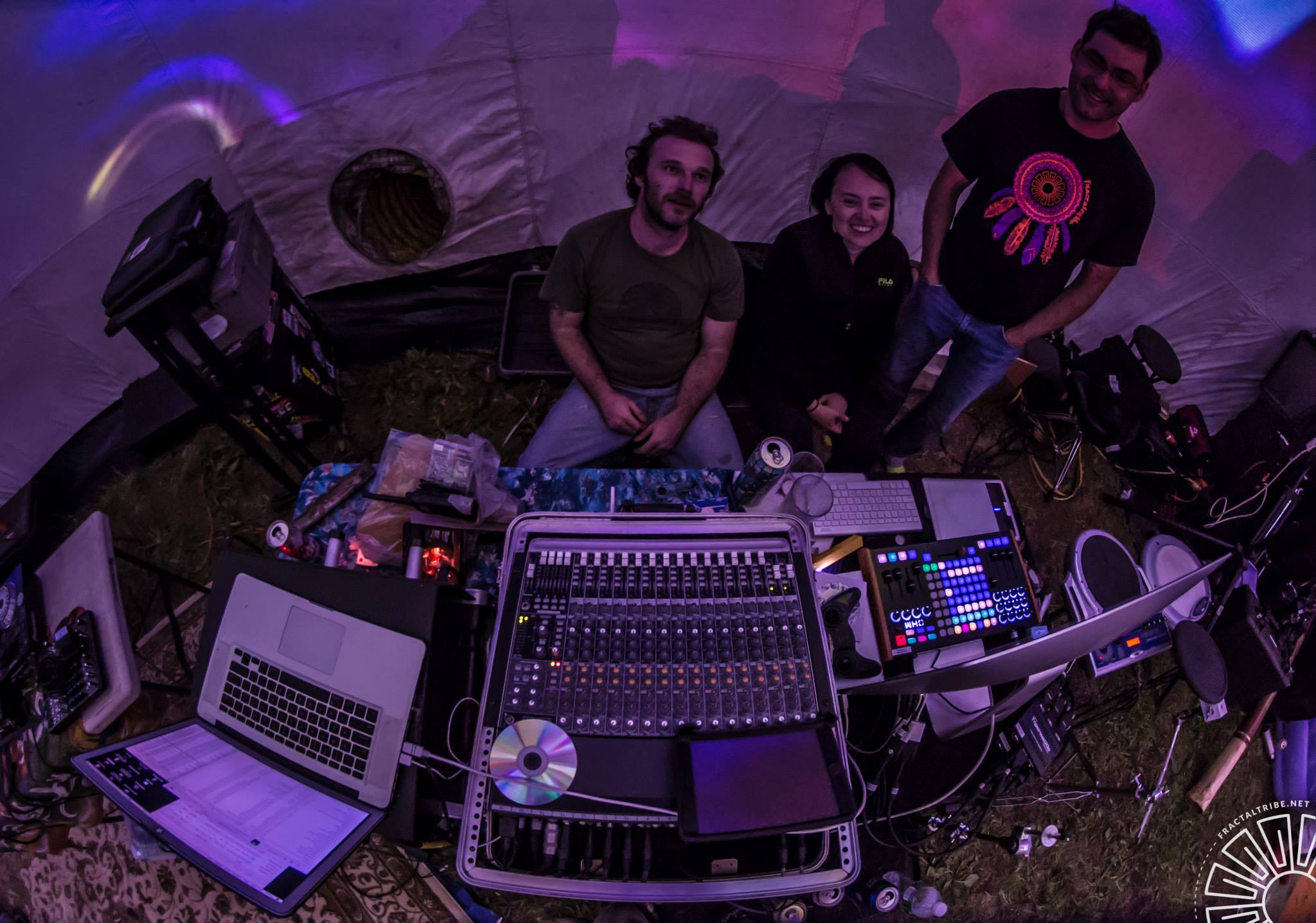 Levitation Theory @ Fractal Fest 2014 in dome.jpg