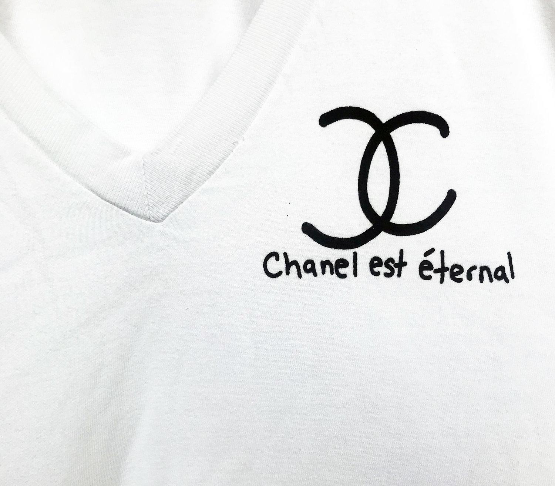 newest 7ed02 f5001 Chanel T-Shirt — Stash Style