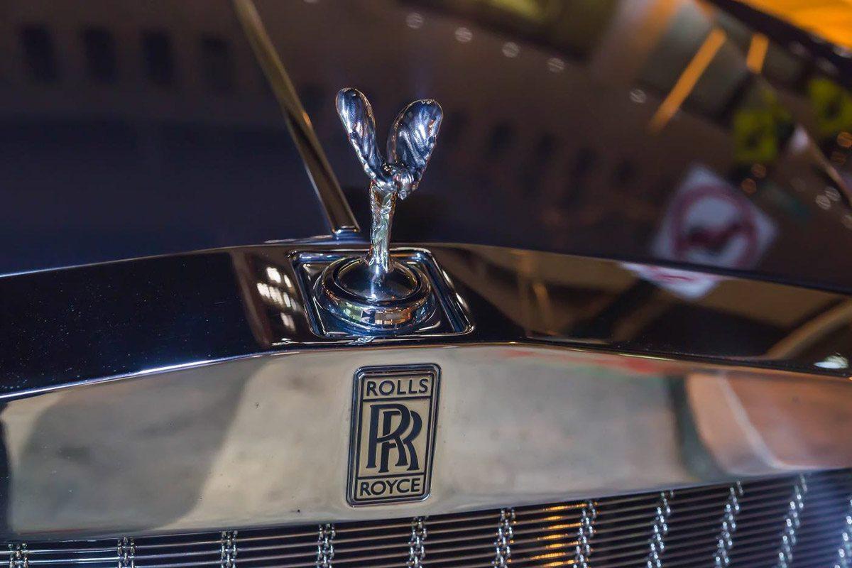 Black-Rolls-Royce.jpg