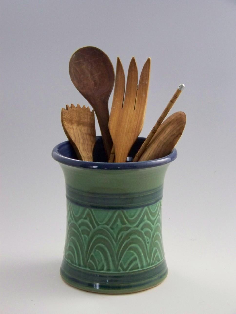 green utensil crop 42.jpg
