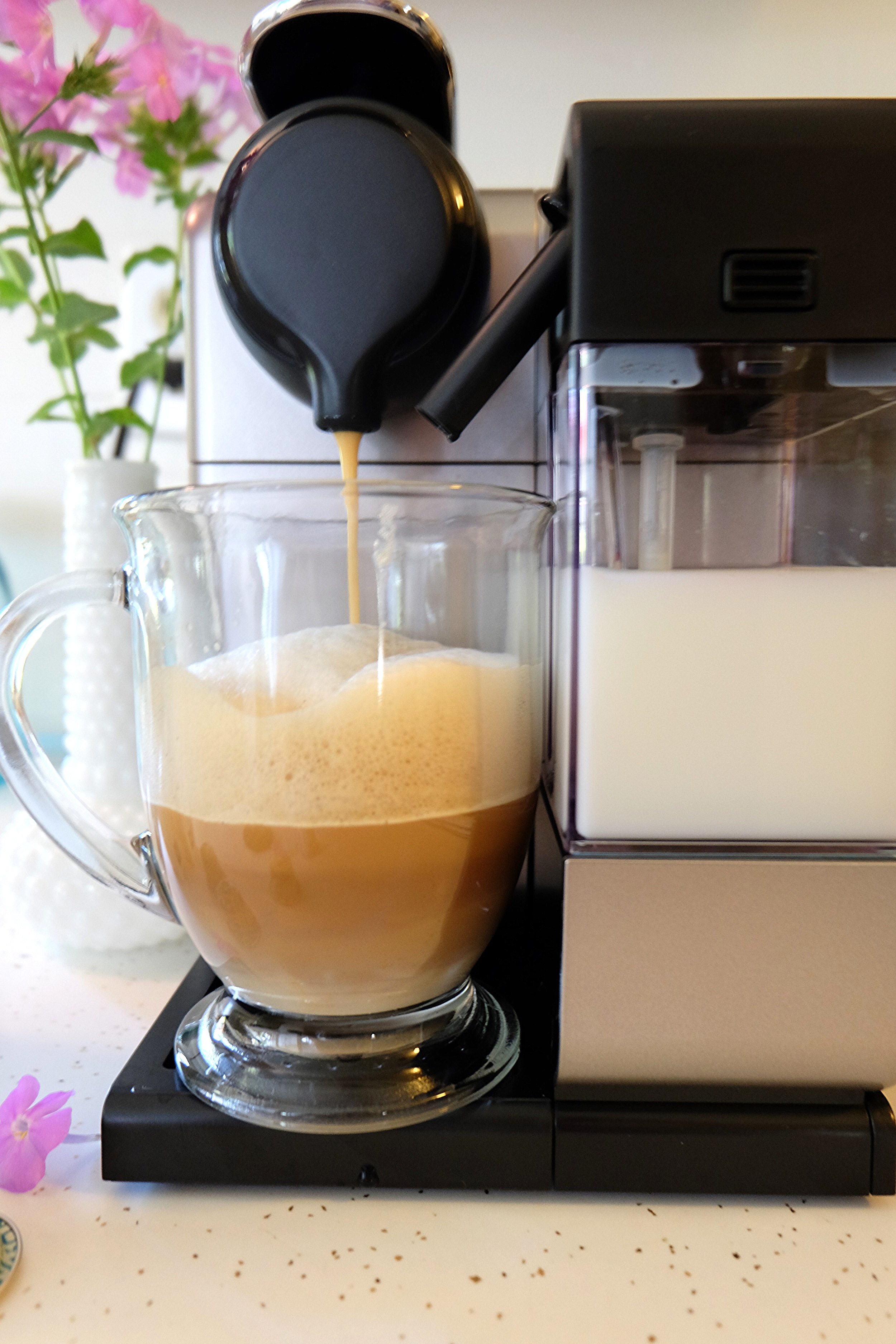 I made the Milano second with milk and it is A-MAZING! It's sweet cereal note and fruity aromas is just right! I love the froth on the machine because you can adjust it! The more the froth, the better!!