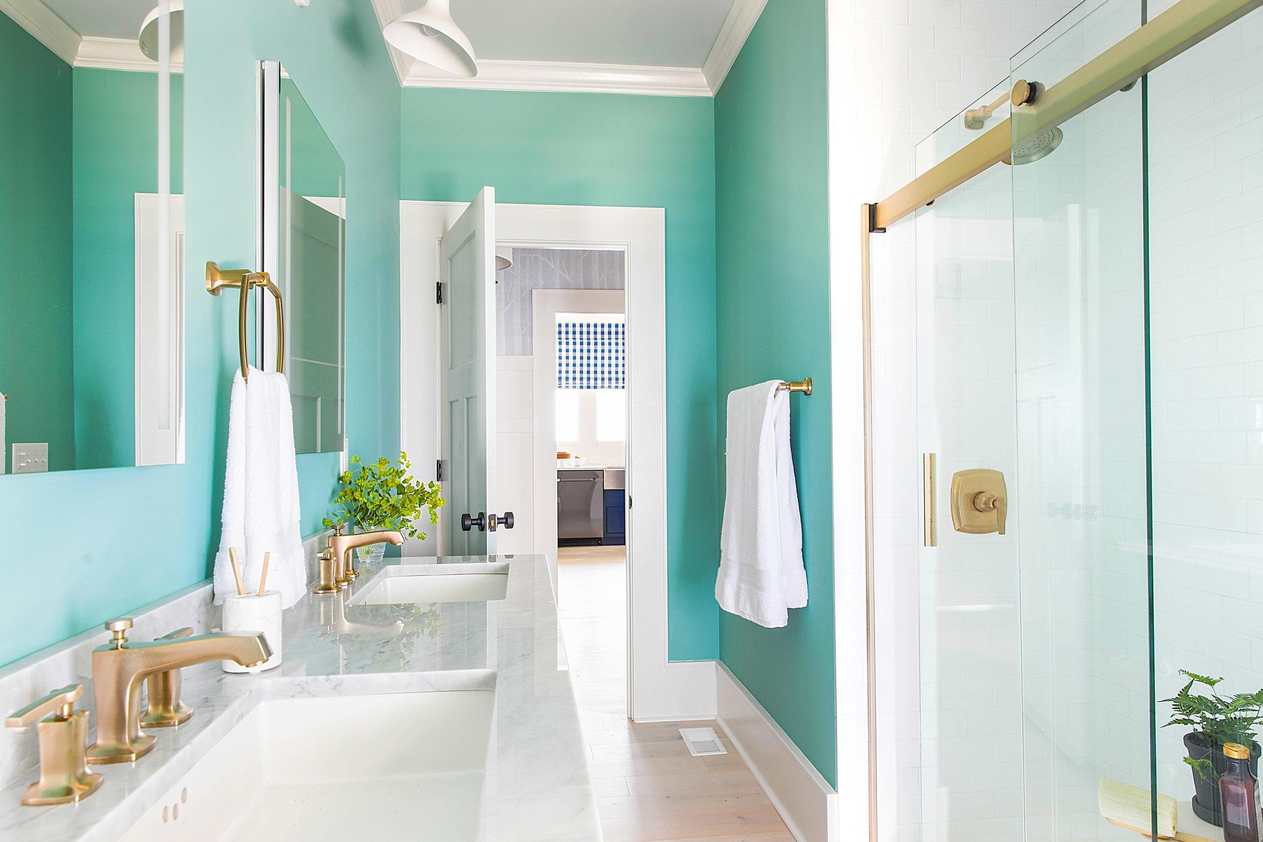 HGTV Urban Oasis 2017 - Guest Bathroom.jpg