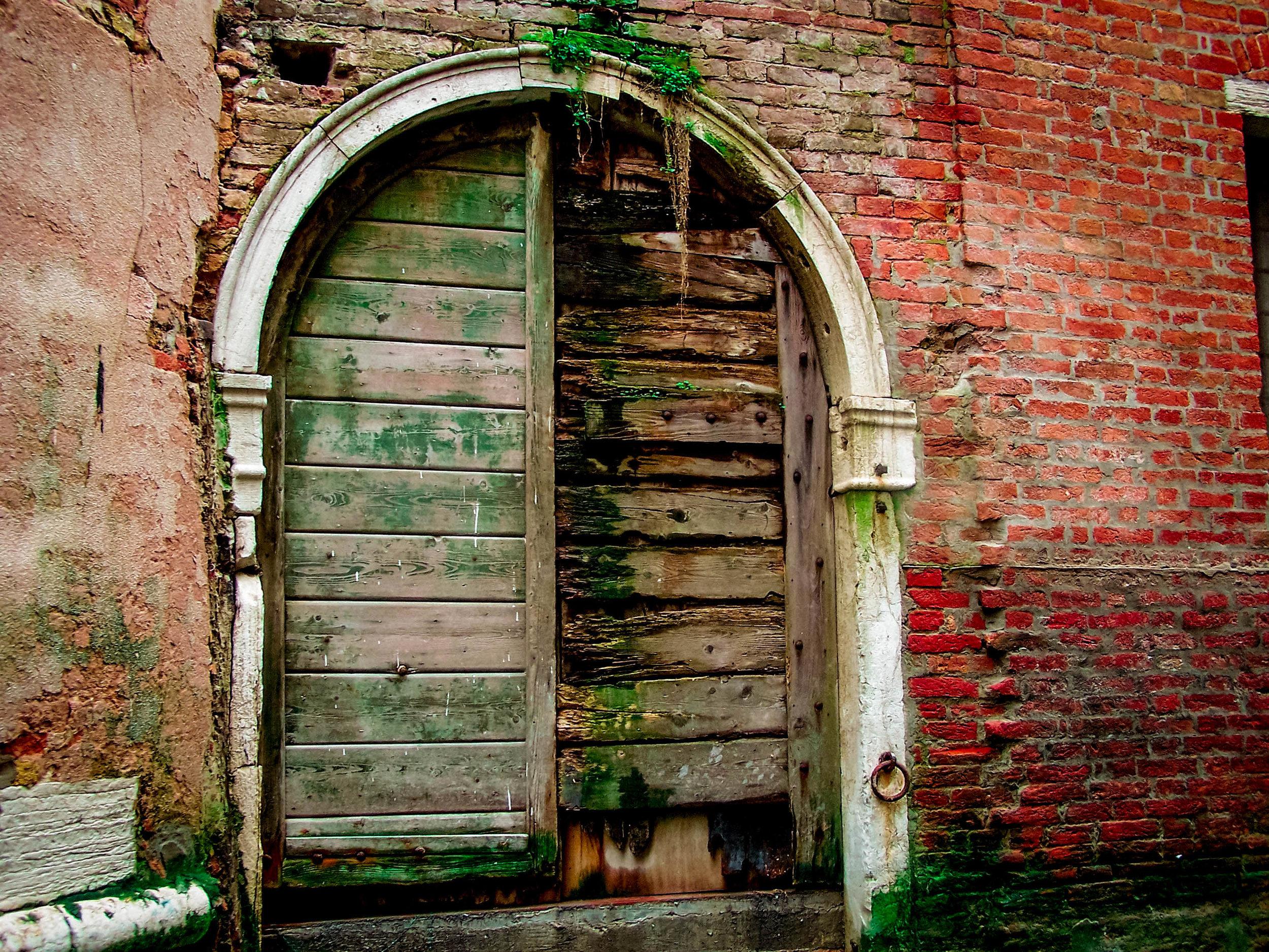 Italian Gateways