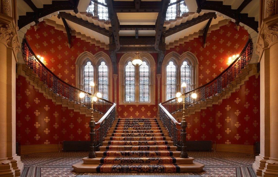 rsz_grand_staircase_ground_floor_3jpg-resize-d.jpg