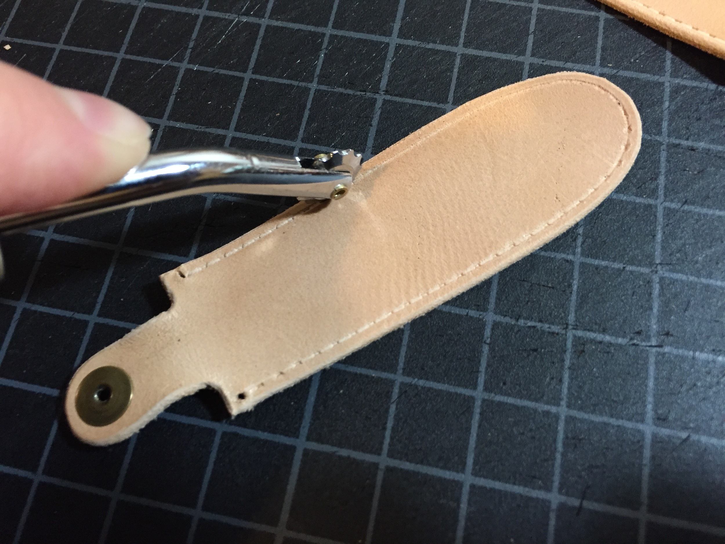 Using the marking wheel. I don't normally use this tool, but it worked well to mark the stitches around the curve.