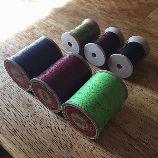 Thread restock and new colors from @rmleathersupply. So that's exciting. The tiger bordeaux makes me wish I still had some color #8 chromexcel on hand.  #leather #handstitching #lincable #tigerthread