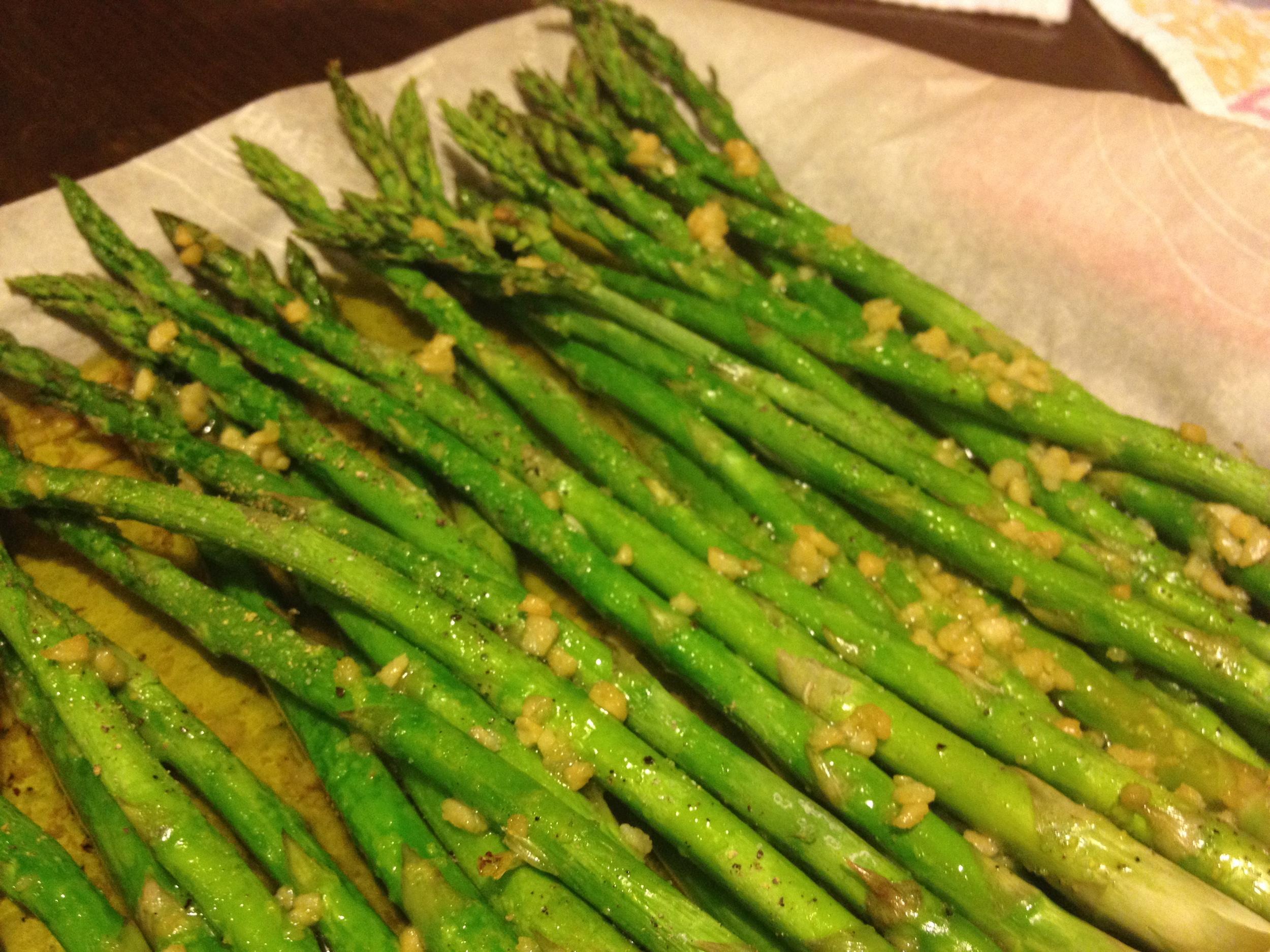 Roasted-Garlic Asparagus