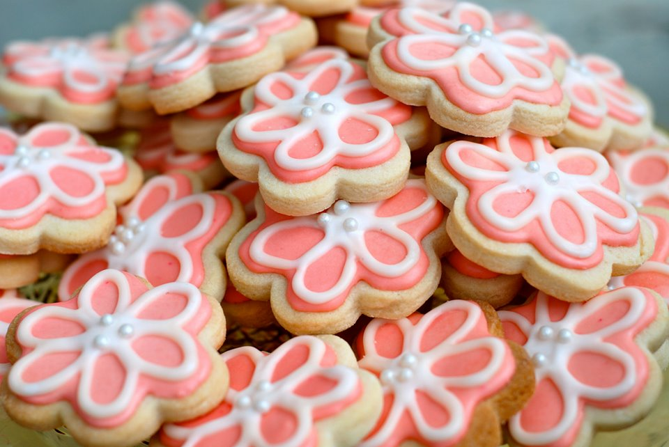 Decorated Sugar Cookie Blossoms