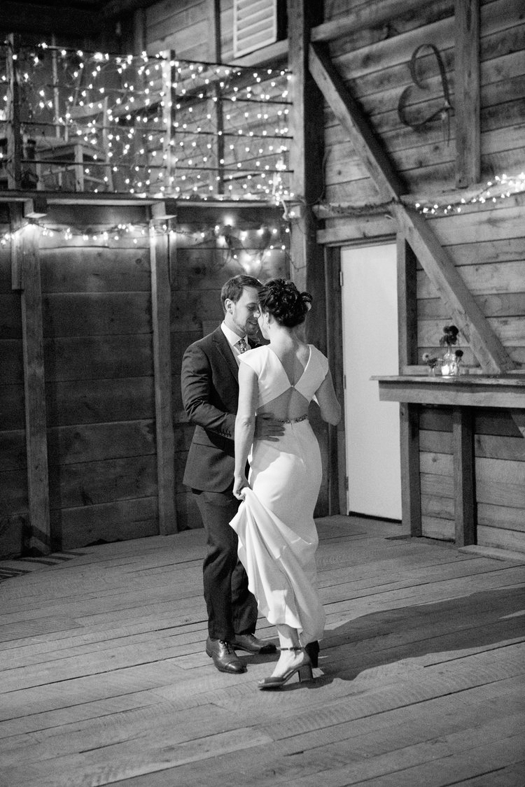 Jennifer and Matt Rocklands Farm Maryland Wedding Molly M Peterson Photography_74.JPG