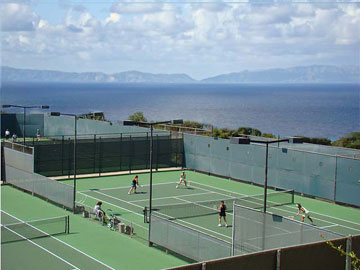Peninsula Racquet Club overlooking the Pacific Ocean and Catalina Island.