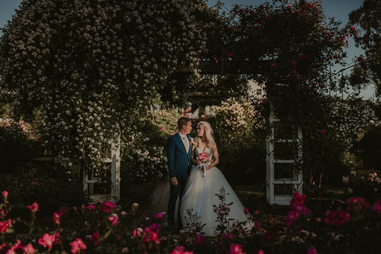 canberra-wedding-rose-gardens_068(4903).jpg