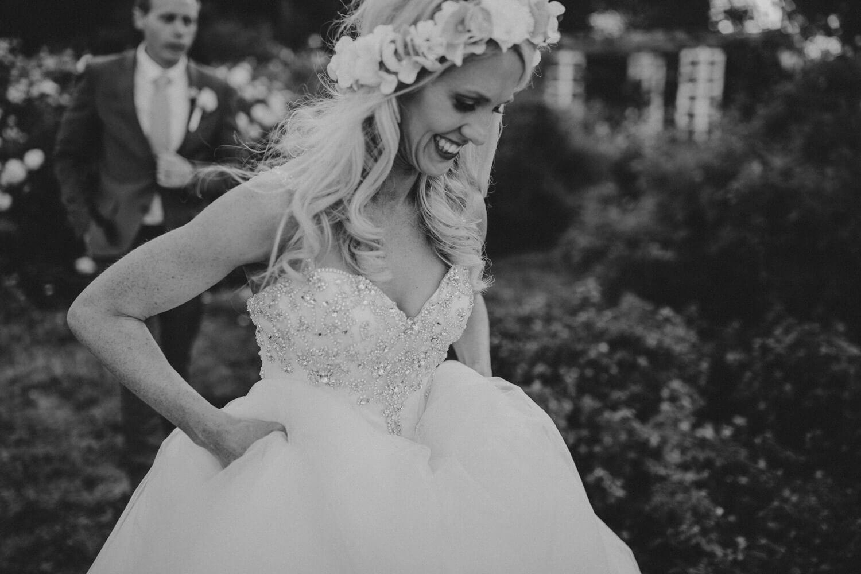 canberra-wedding-rose-gardens_082(5287).jpg