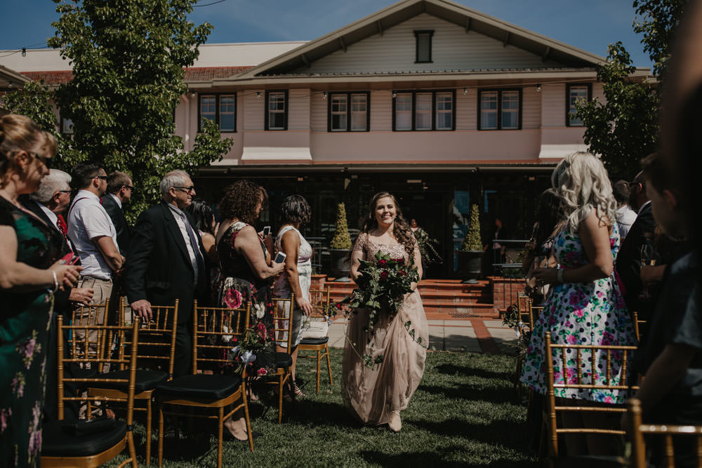 australia-canberra-wedding-photography-corinna-and-dylan_046(1573).jpg