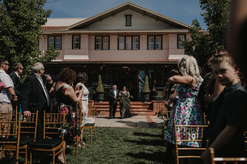 australia-canberra-wedding-photography-corinna-and-dylan_048(1598).jpg