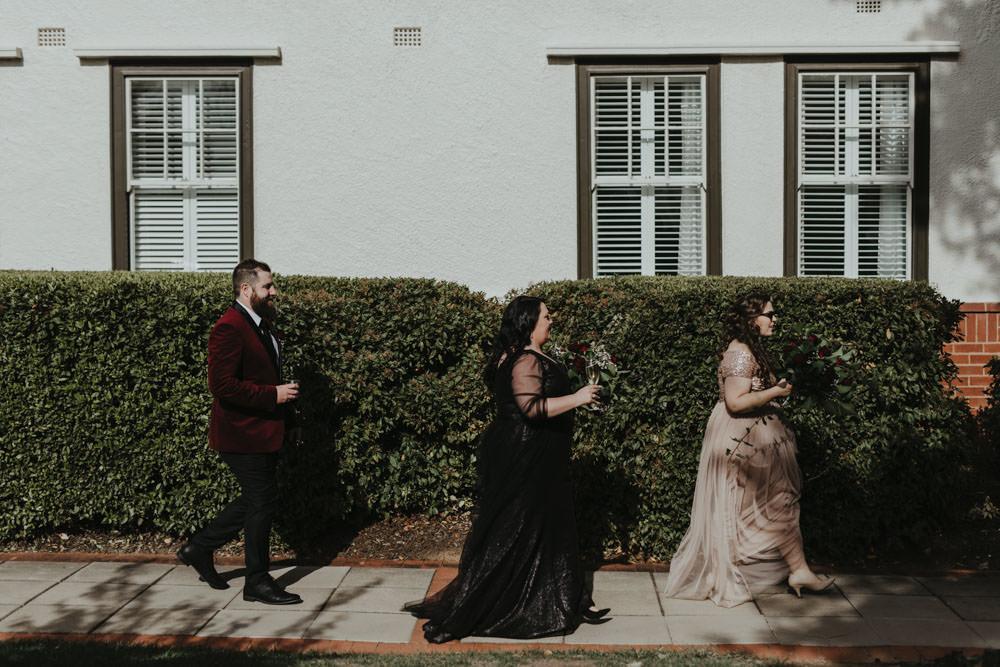 australia-canberra-wedding-photography-corinna-and-dylan_065(2428).jpg