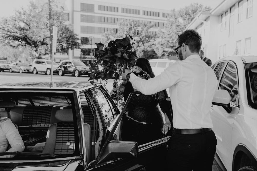 australia-canberra-wedding-photography-corinna-and-dylan_077(2710).jpg